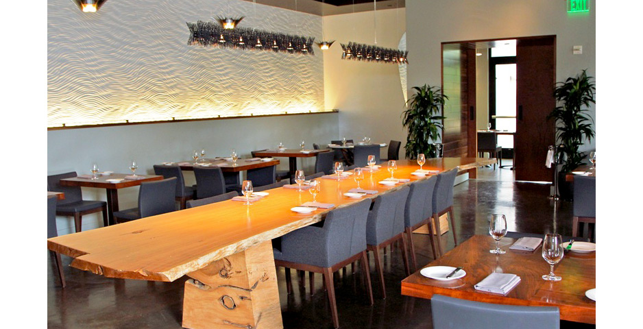lucy_restaurant1