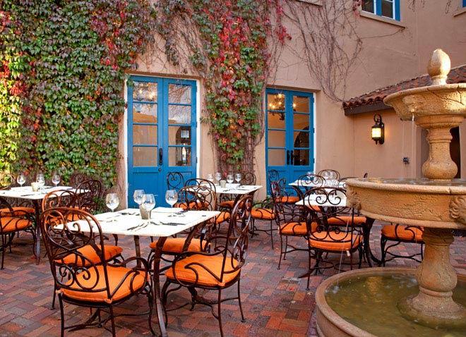 santa-fe-hotels-hotel-garden-patio