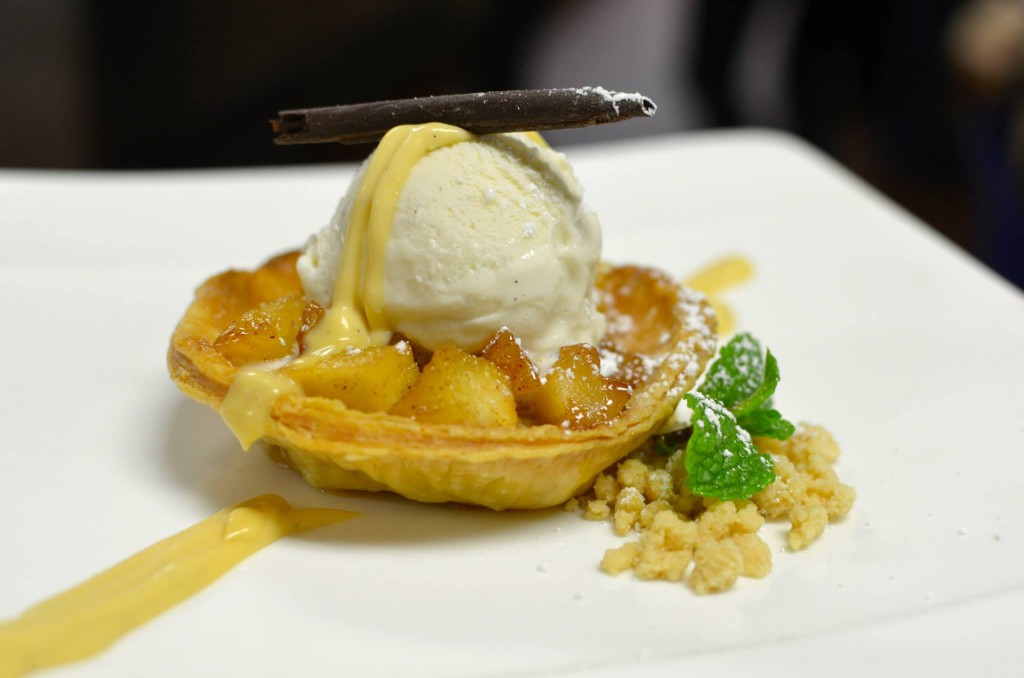 Oak room apple tart