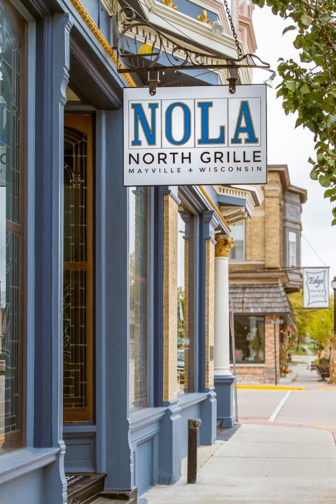 NOLA sign resized